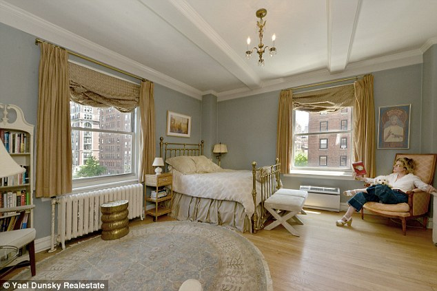 Girl and House of Yes  is selling her Fifth Avenue co op for  1 45 million   Posey bought the one bedroom apartment at 30 5th Avenue in Greenwich  Village in. Check out celebrity homes for sale in New York City   Real Estate