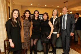 Sarah Domber, Beth Fisher, Kristin Black, Elizabeth Unger, Corcoran Sunshine Marketing Group; Barbara Van Beuren & Stephen Glascock, Anbau.