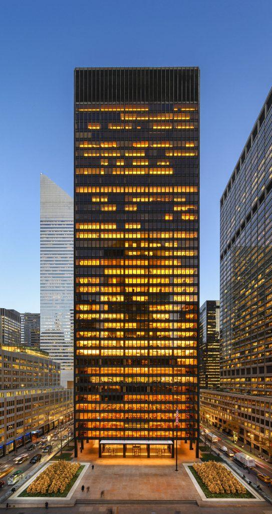 375 Park Avenue Seagram Building 543x1024.